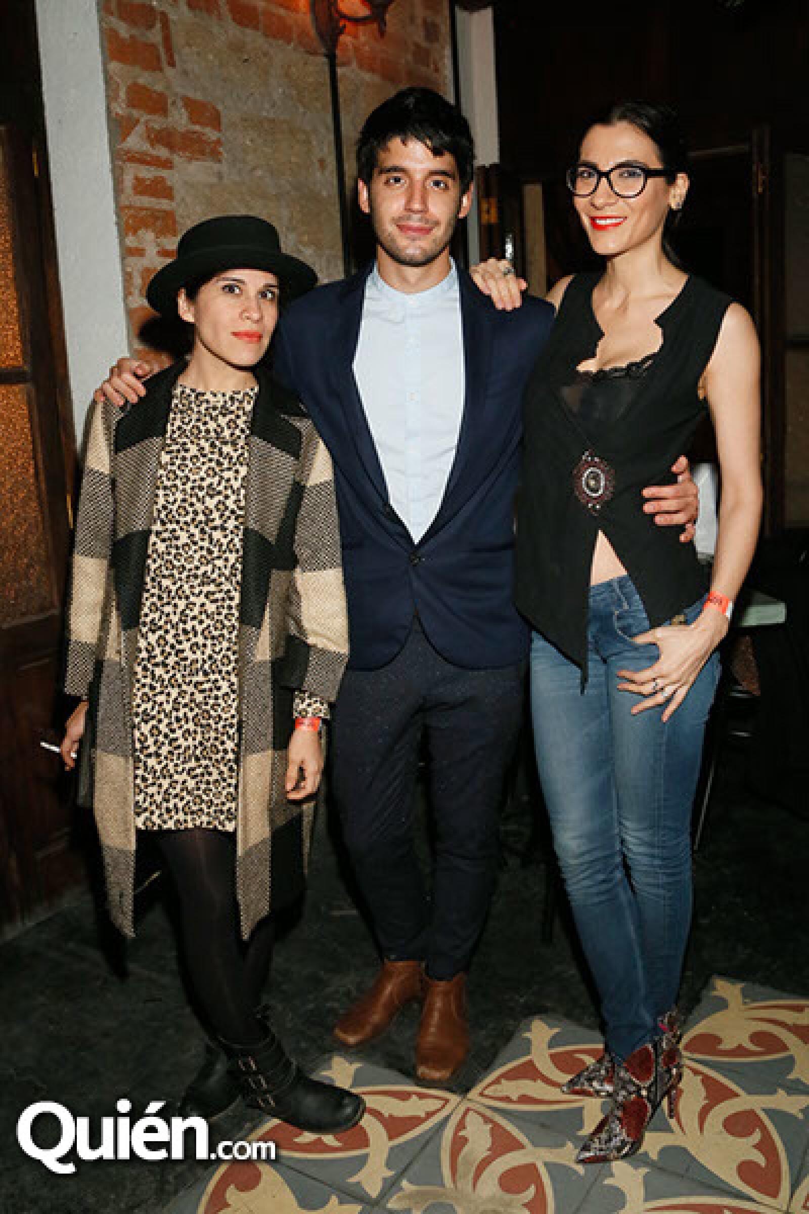 Ximena Ayala,Jaime Fidalgo y Cecilia Gessa