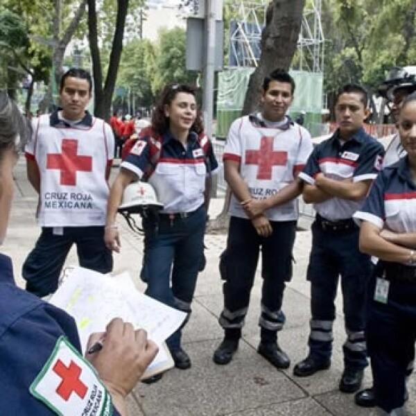 paramedicos cruz roja bicentenario