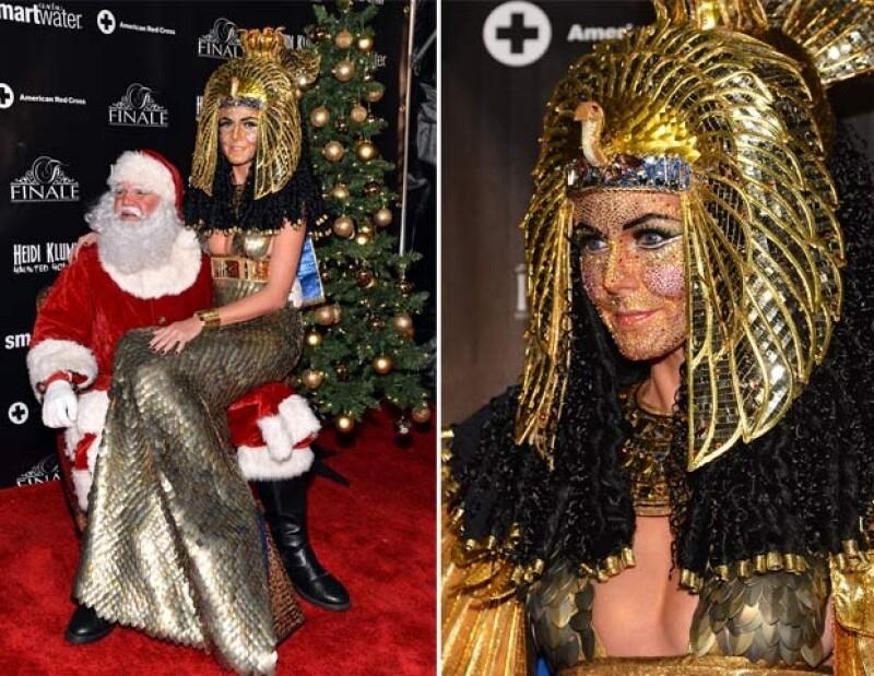 Heidi cubrió su cara con diamentes. Santa también fue un invitado.