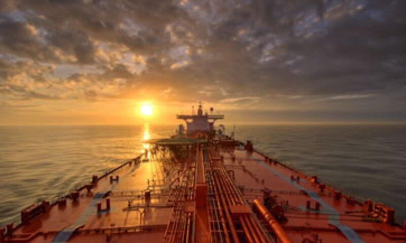 El viernes unos 1,000 trabajadores de Oceanografía demandaron el pago de sus salarios retenidos. (Foto: Getty Images)