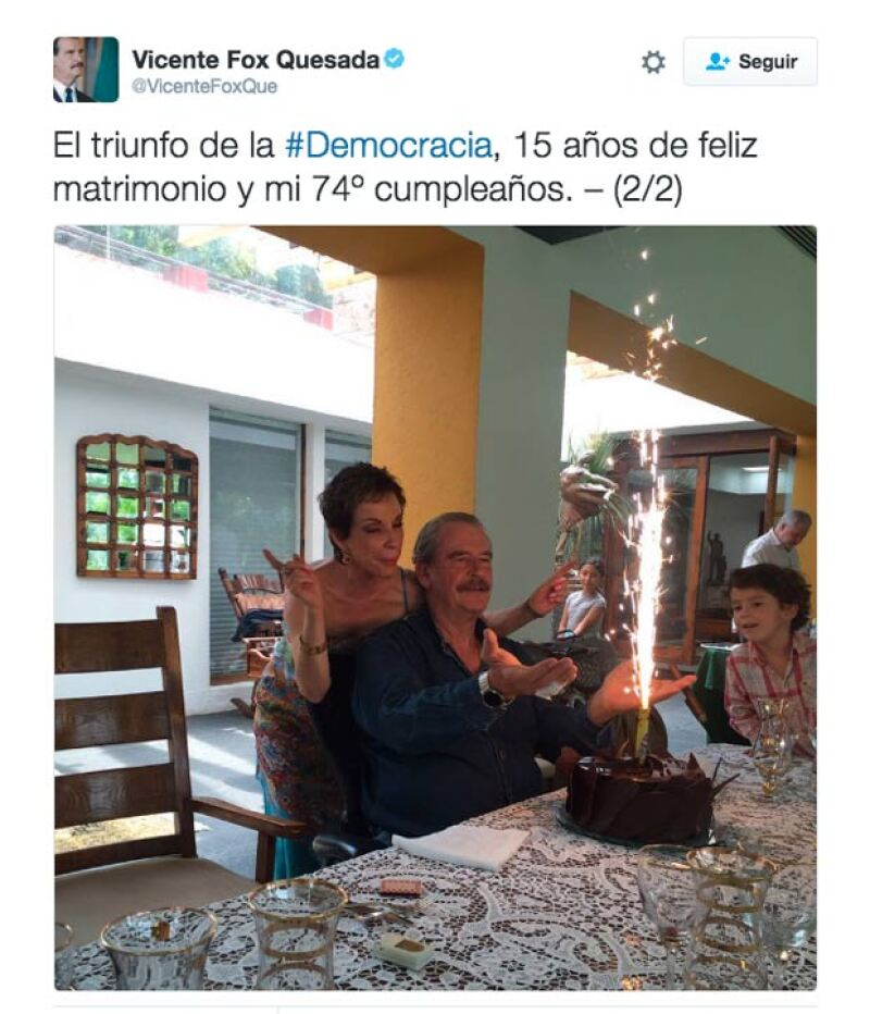 El ex presidente también celebró su aniversario de bodas.