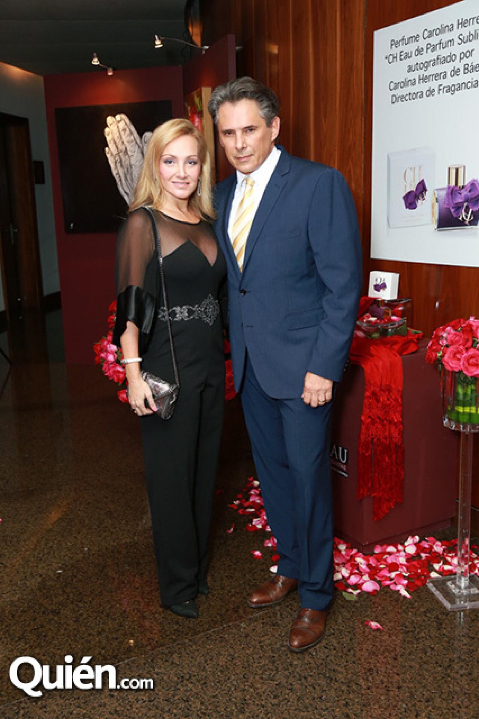 Thelma Cora Garza de Ayala y Rodrigo Ayala