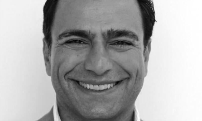 El nuevo presidente ejecutivo del consejo de administración de Twitter. (Foto: Tomada de twitter.com/omidkordestani )