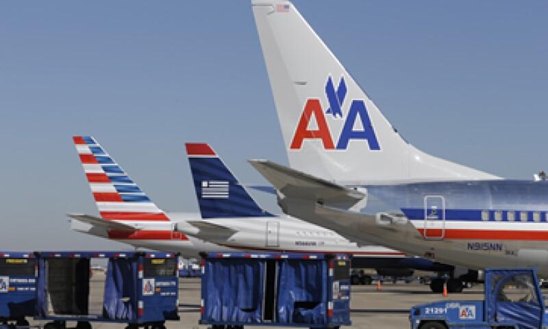 Algunos de los pasajeros externan sus quejas en Twitter. (Foto: AP)