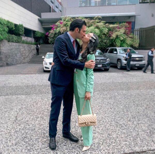 Aniversario Miguel Torruco y Chantal Torres 1.jpg