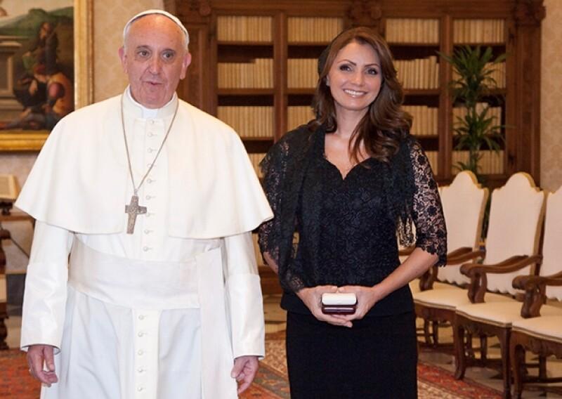 Es la segunda vez en dos meses que la primera dama de México visita la Santa Sede.