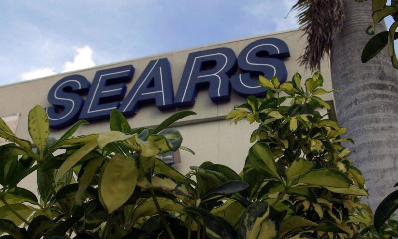La empresa informó que sus acuerdos con Sears USA no cambian.