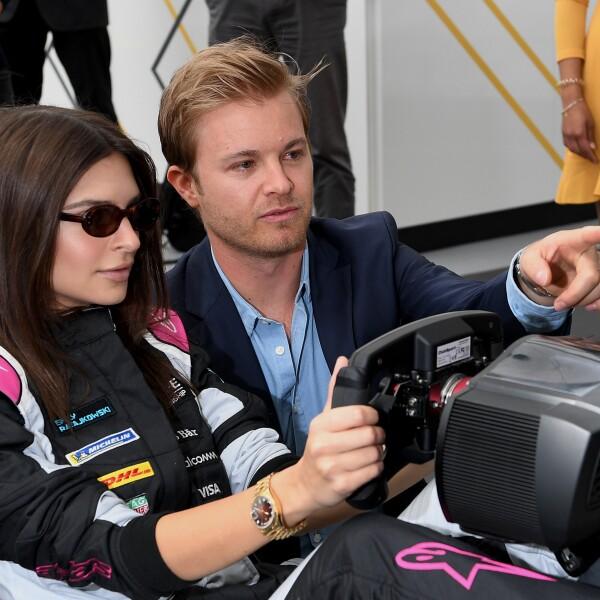 Emily Ratajkowski y Nico Rosberg Berlin E-Prix 2018.jpg