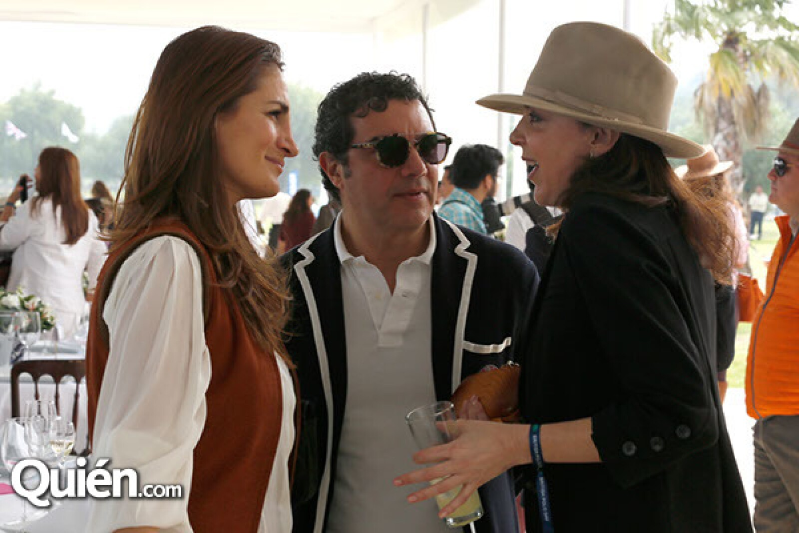 Carla Cortina,Alonso Taladrid y Claudia Marcucetti
