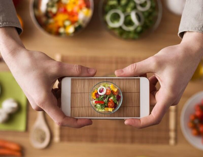 Aprovechar la luz natural y sin necesidad del flash... Te damos cinco tips para tomarle foto a tu comida como todo un profesional.