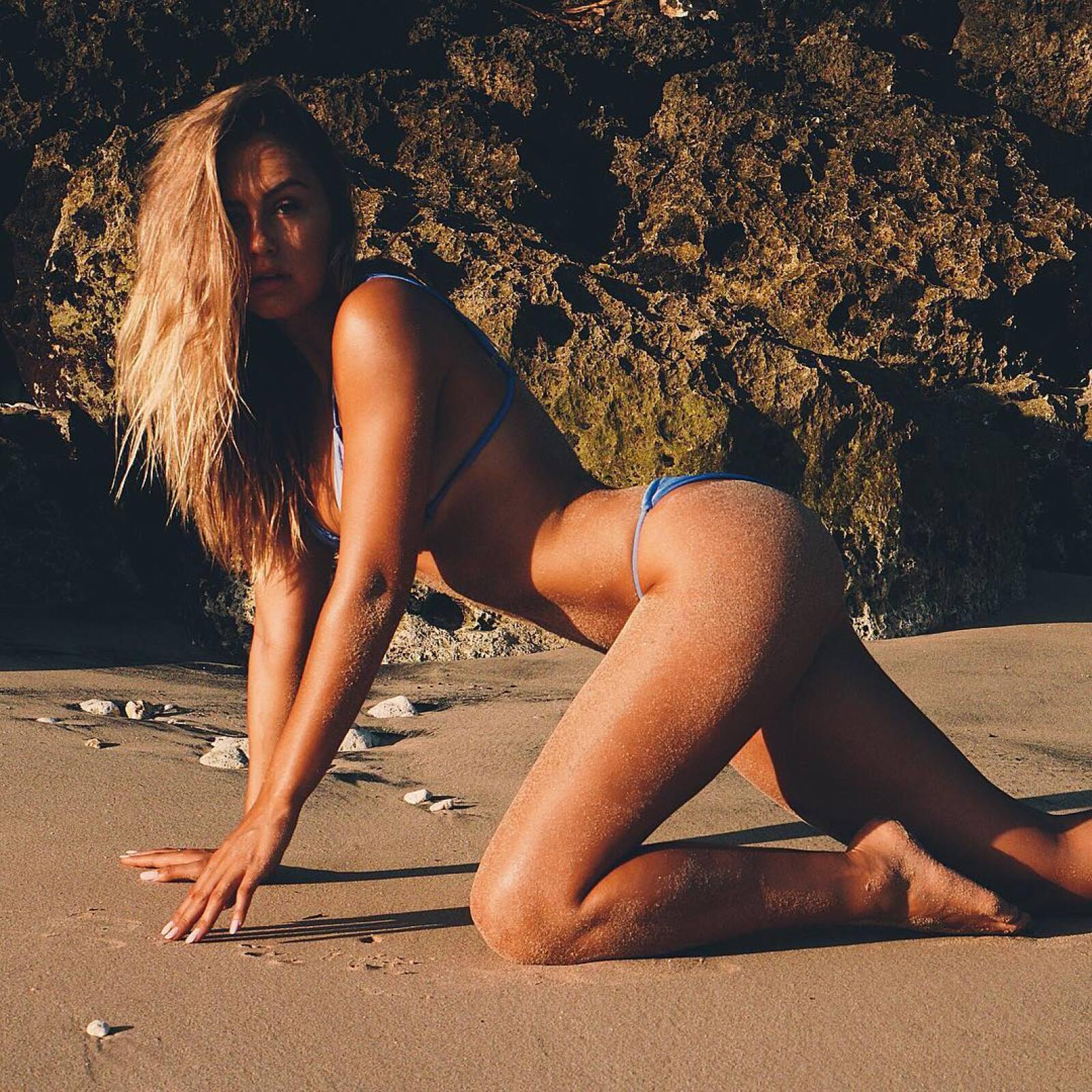 Steph Claire Smith