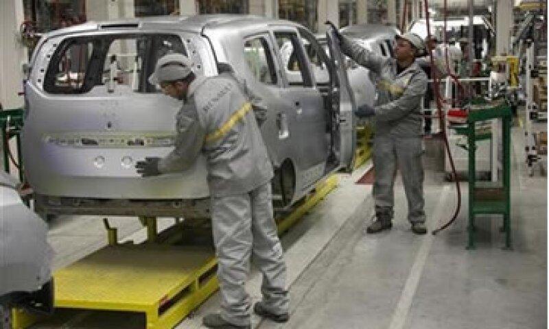 En 2012, las ventas de autos en Francia, España e Italia cayeron a su nivel más bajo en años. (Foto: Reuters)
