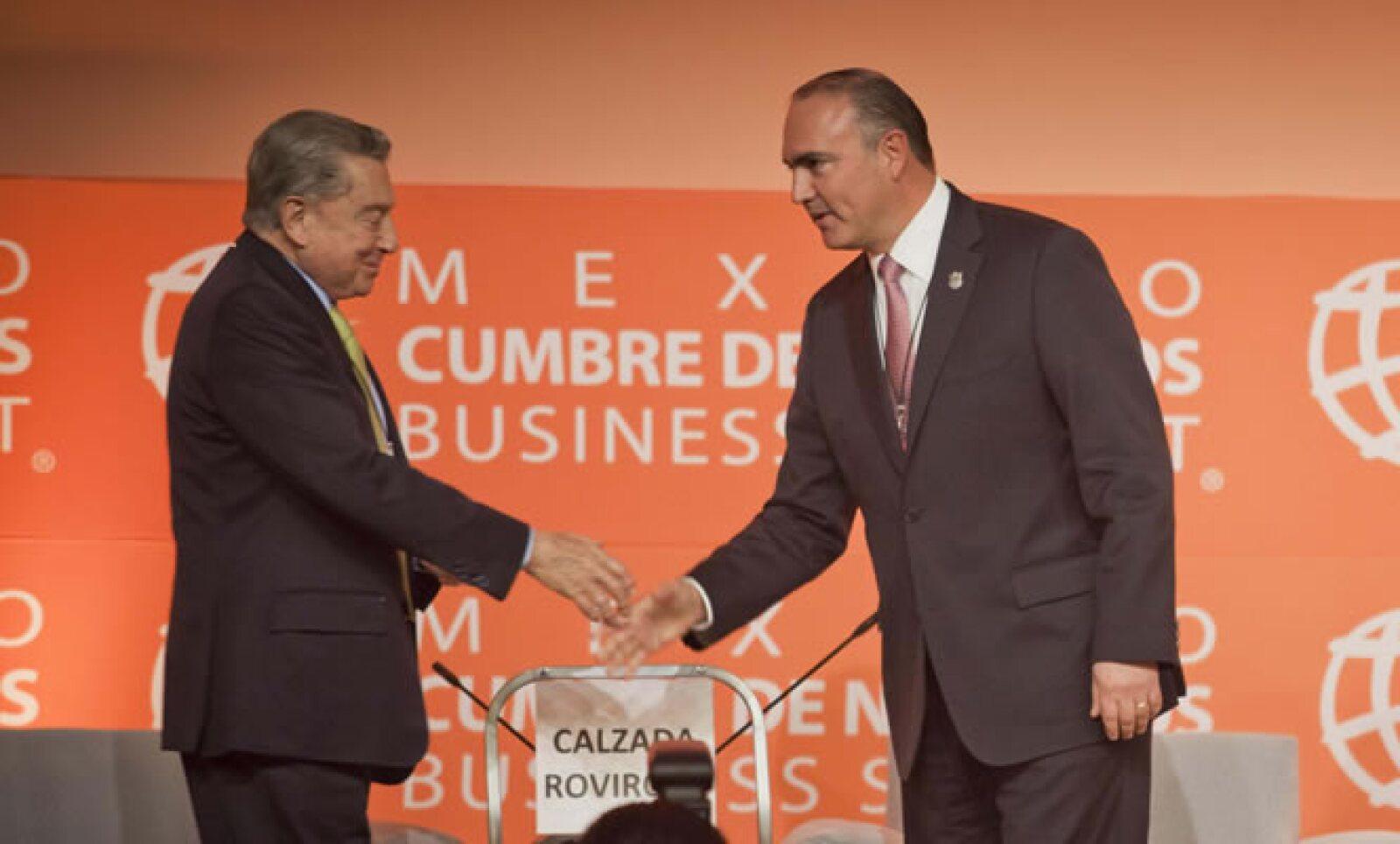 El presidente y fundador de México Cumbre de Negocios escuchó a los ponentes de la primera sesión disertar sobre la economía de Estados Unidos y Europa.