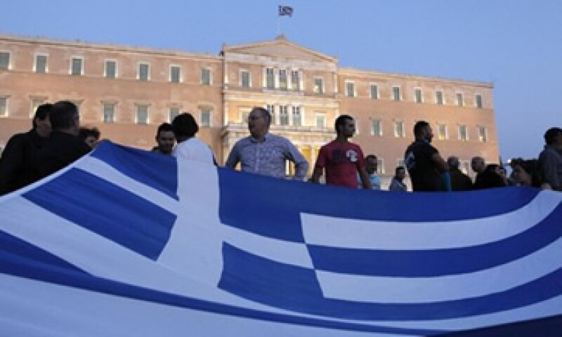 El nuevo proyecto de ley ha provocado la furia de multitudes en las calles de Atenas. (Foto: AP)