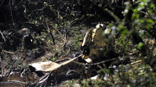 El helicóptero donde viajaban el empresario Moisés Saba, cuatro miembros de su familia y el piloto, se estrelló alrededor de las 20:35 horas del domingo contra un cerro en Monte de las Cruces, Cuajimalpa.