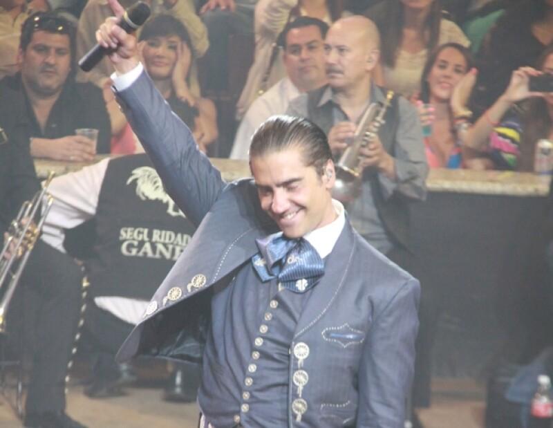 El cantante animó la Feria de San Marcos.