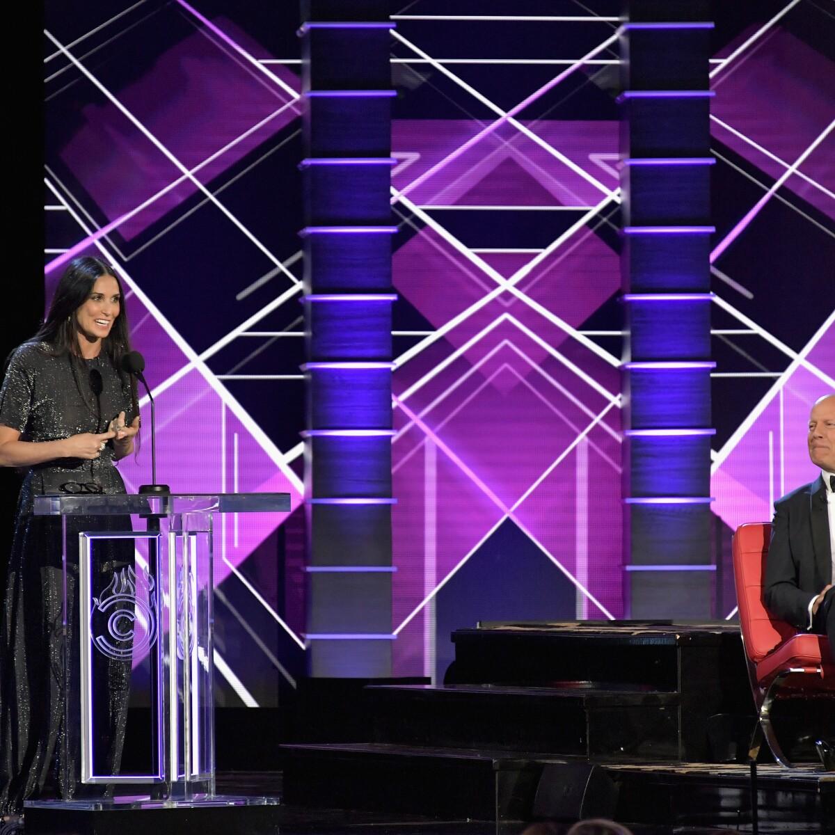 La burla de Demi Moore a Bruce Willis en el 'Roast' de Comedy Central
