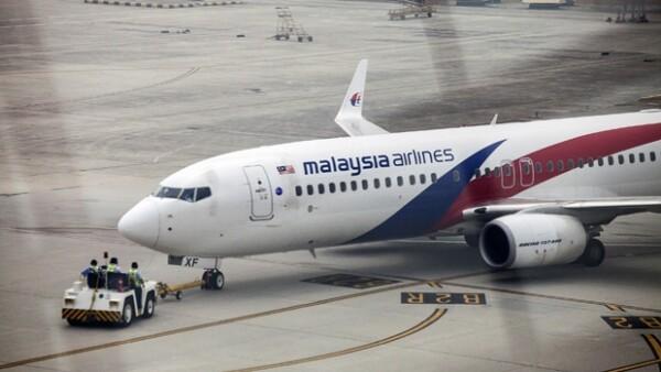 Investigadores británicos concluyeron que la última posición del avión fue al oeste de Perth, informó el primer ministro de Malasia.