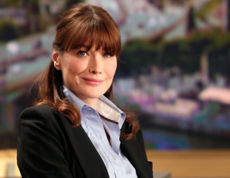 La primera dama francesa negó las acusaciones.