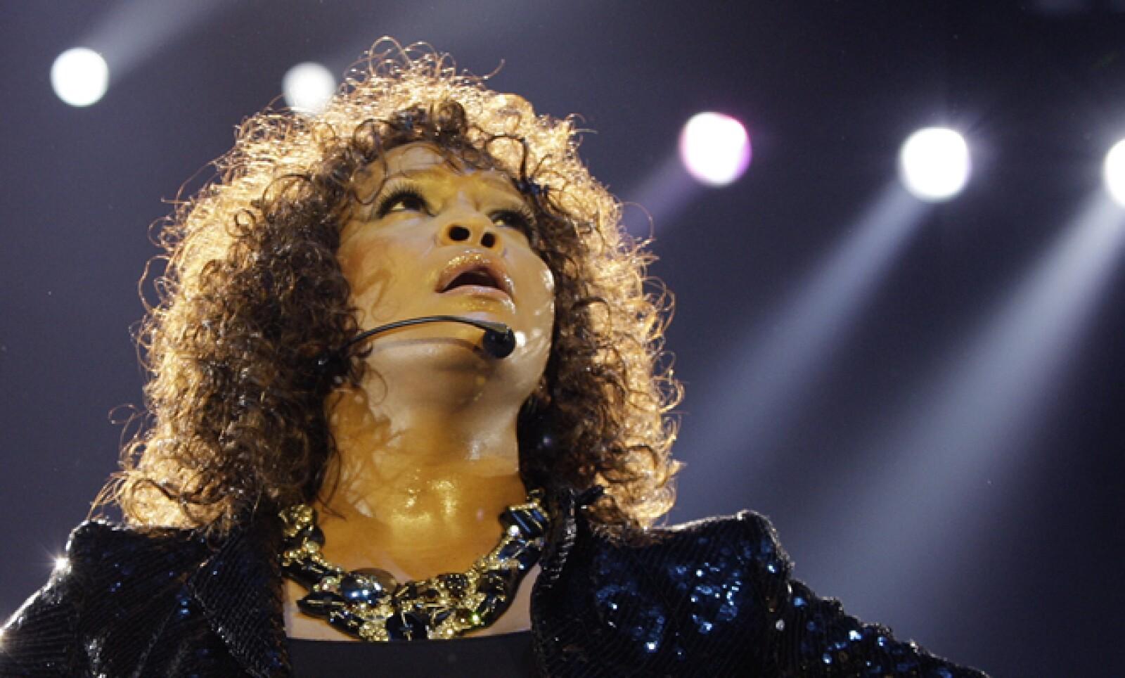 Whitney Houston se ahogó en su bañera el 11 de febrero. Los homenajes a la intérprete de 'I will always love you' no se hicieron esperar.