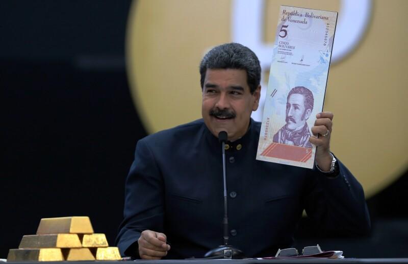 """""""He decidido reducir tres ceros de la moneda"""", informa Nicolás Maduro"""