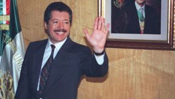 El cineasta Alan Tomlinson dirige el documental `What Happened When Colosio´, que se transmitirá entre septiembre y octubre a través de Discovery Channel.