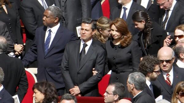 Esta no es la primera vez que la Primera Dama de México visita la Santa Sede, su primer encuentro con un Papa fue en 2009 cuando aún no se casada con Peña Nieto.