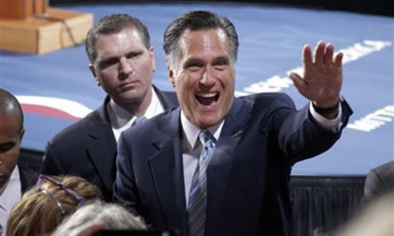 Ya con la candidatura casi asegurada, Romney enfrenta el reto de redoblar los esfuerzos de recaudación de fondos. (Foto: AP)