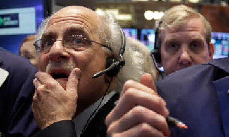 Algunas acciones con alto rendimiento en pago de dividendos perdieron parte de su encanto. (Foto: AP)