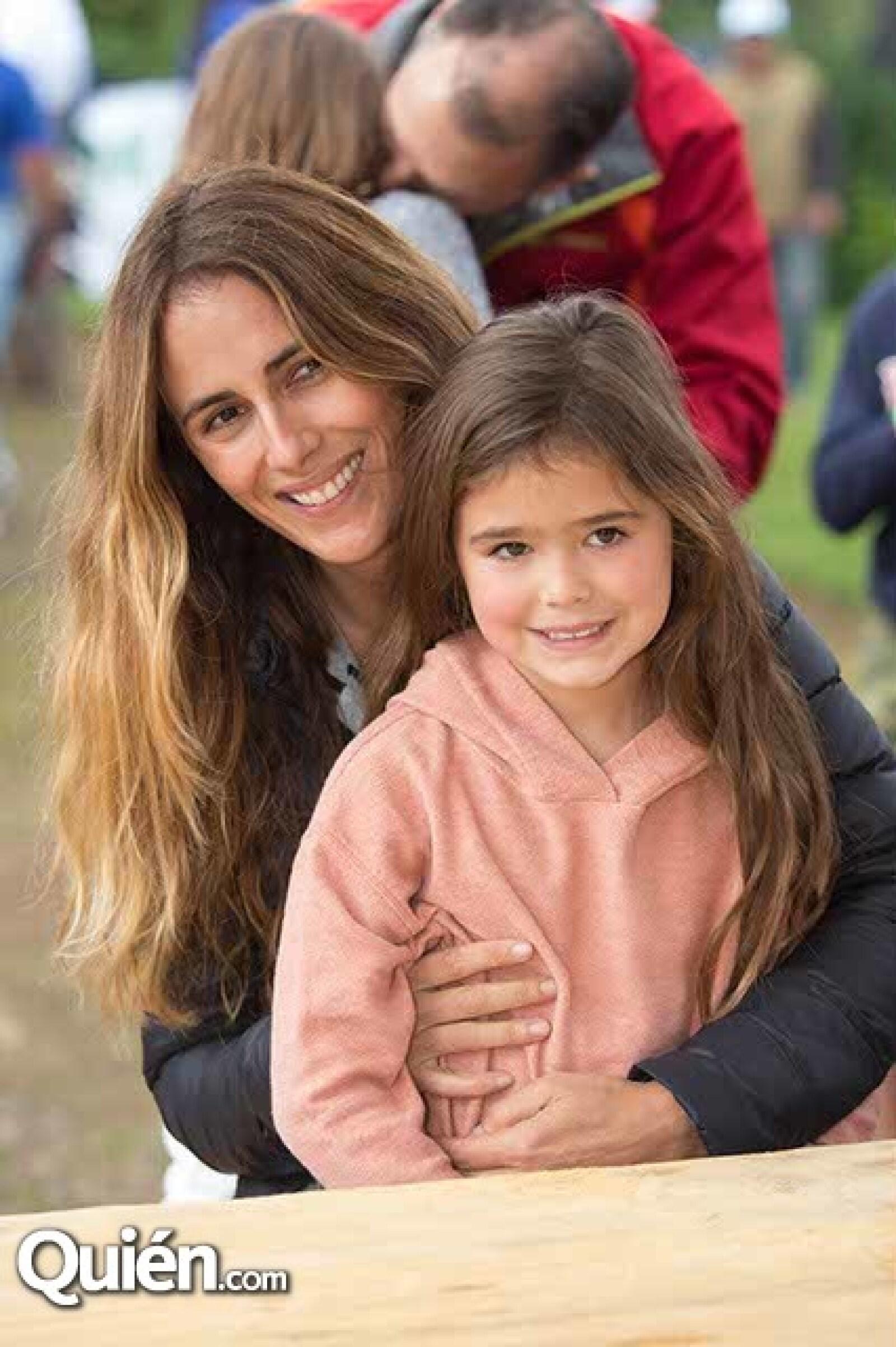 Erika Guasabe y Jimena Cobo