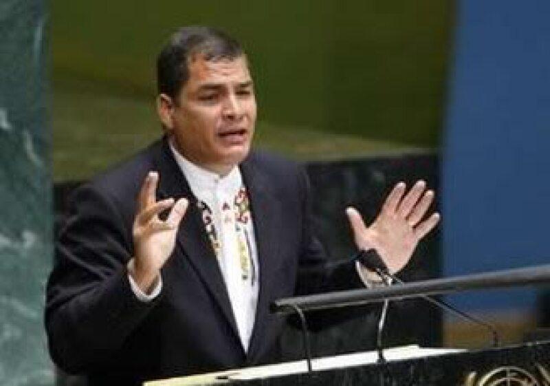 El presidente de Ecuador dijo que demandaría al diario. (Foto: Reuters)