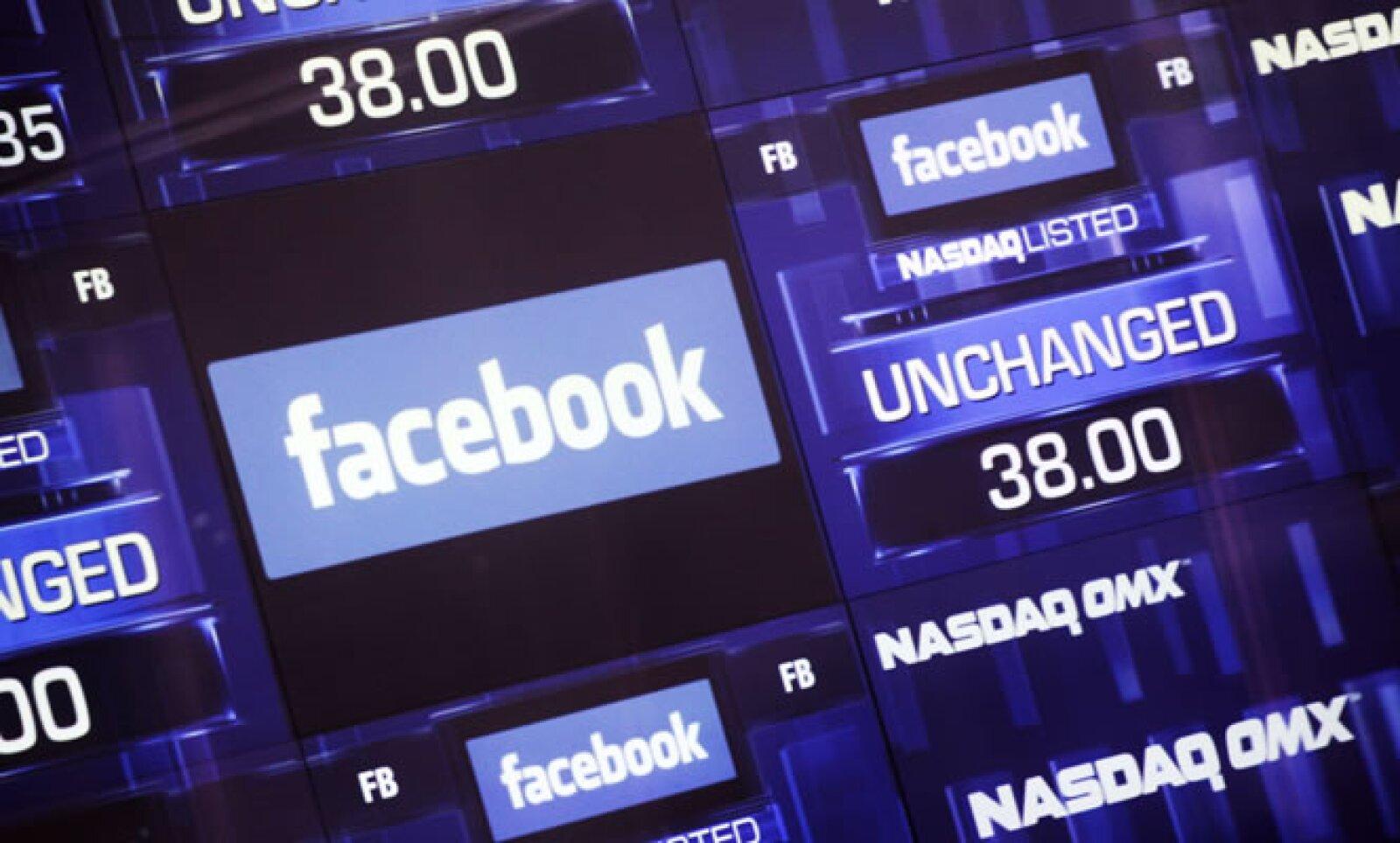 La empresa cotiza en la Bolsa con la clave FB y su precio de salida es de 38 dólares.