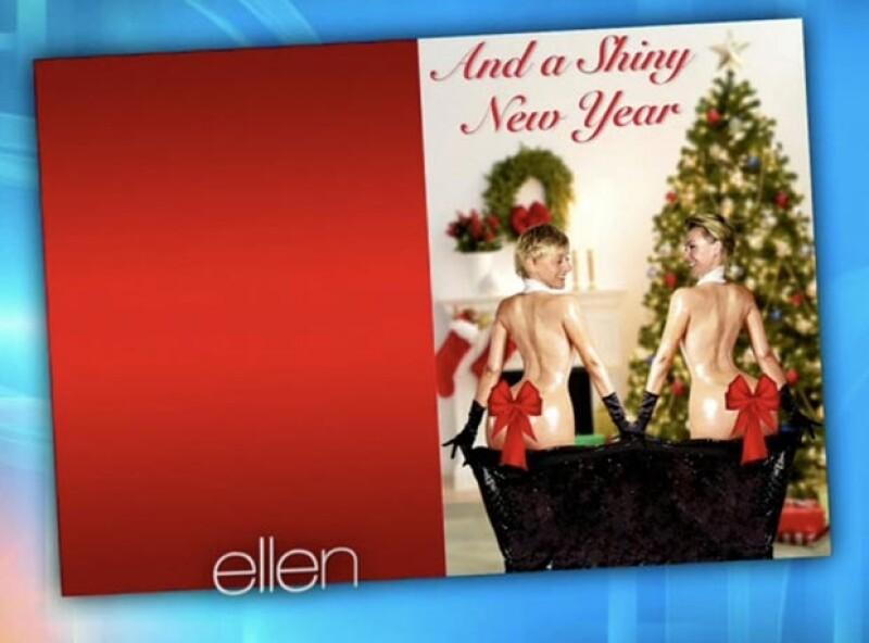 La presentadora imitó la polémica pose de Kim desnuda en la revista Paper en su postal de buenos deseos de este año.