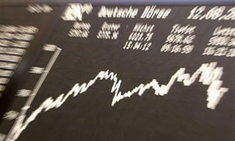 Las acciones de los bancos europeos perdieron casi 40% de su valor en el año. (Foto: AP)