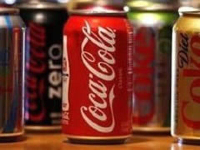 Coca-Cola intentaba adquirir al productor de jugos chinos Huiyuan Juice. (Archivo)