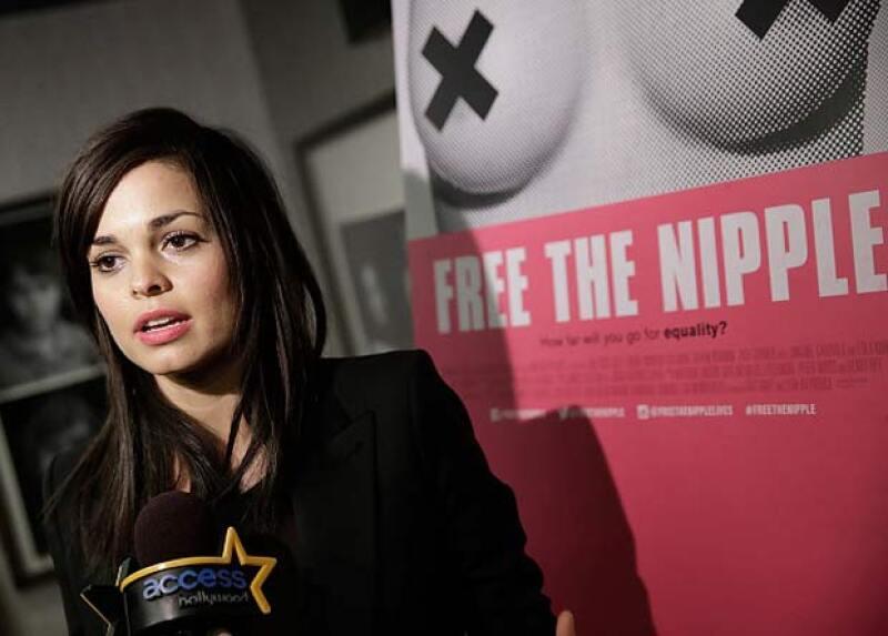 Lina además de ser la fundadora del movimiento, también creó la cinta en honor a Free The Nipple.