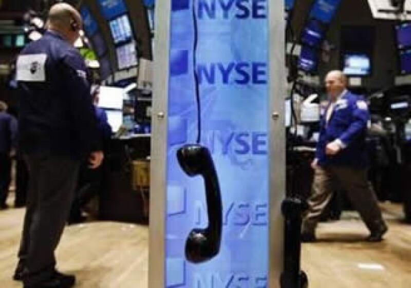 Los mercados accionarios temen que la crisis griega dañe a la economía mundial.  (Foto: Reuters)