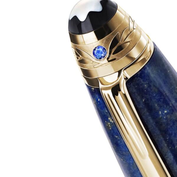 Los productos serán instrumentos de escritura, con un zafiro y el grabado de una corona sobre el anillo del clip.