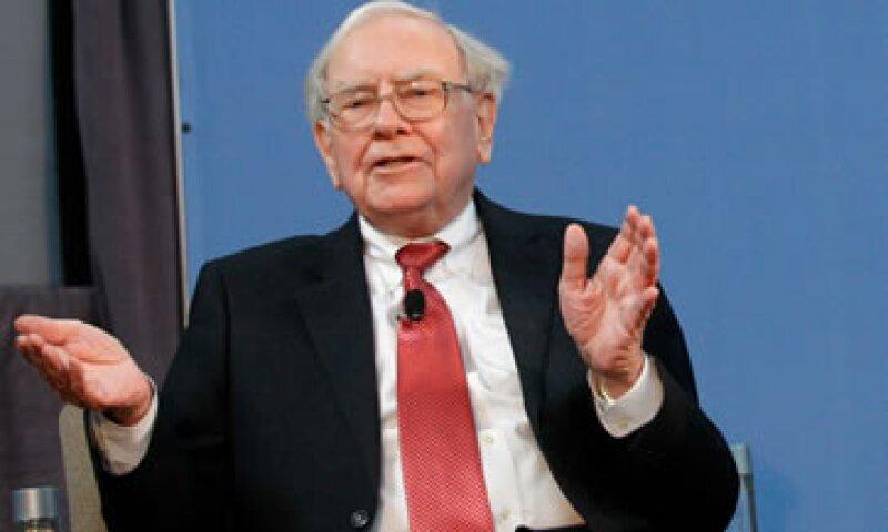 El inversor multimillonario Warren Buffett dijo que no tiene planes de dejar pronto la compañía Berkshire Hathaway. (Foto: Reuters)