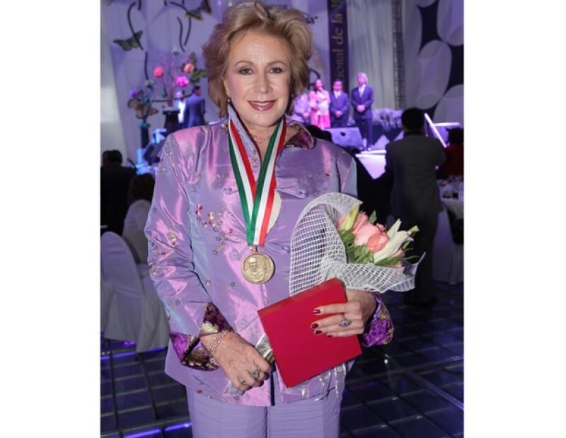 En el Día Internacional de la Mujer, un grupo de líderes de diversos ámbitos fueron galardonadas en la Expo Bancomer Santa Fe.