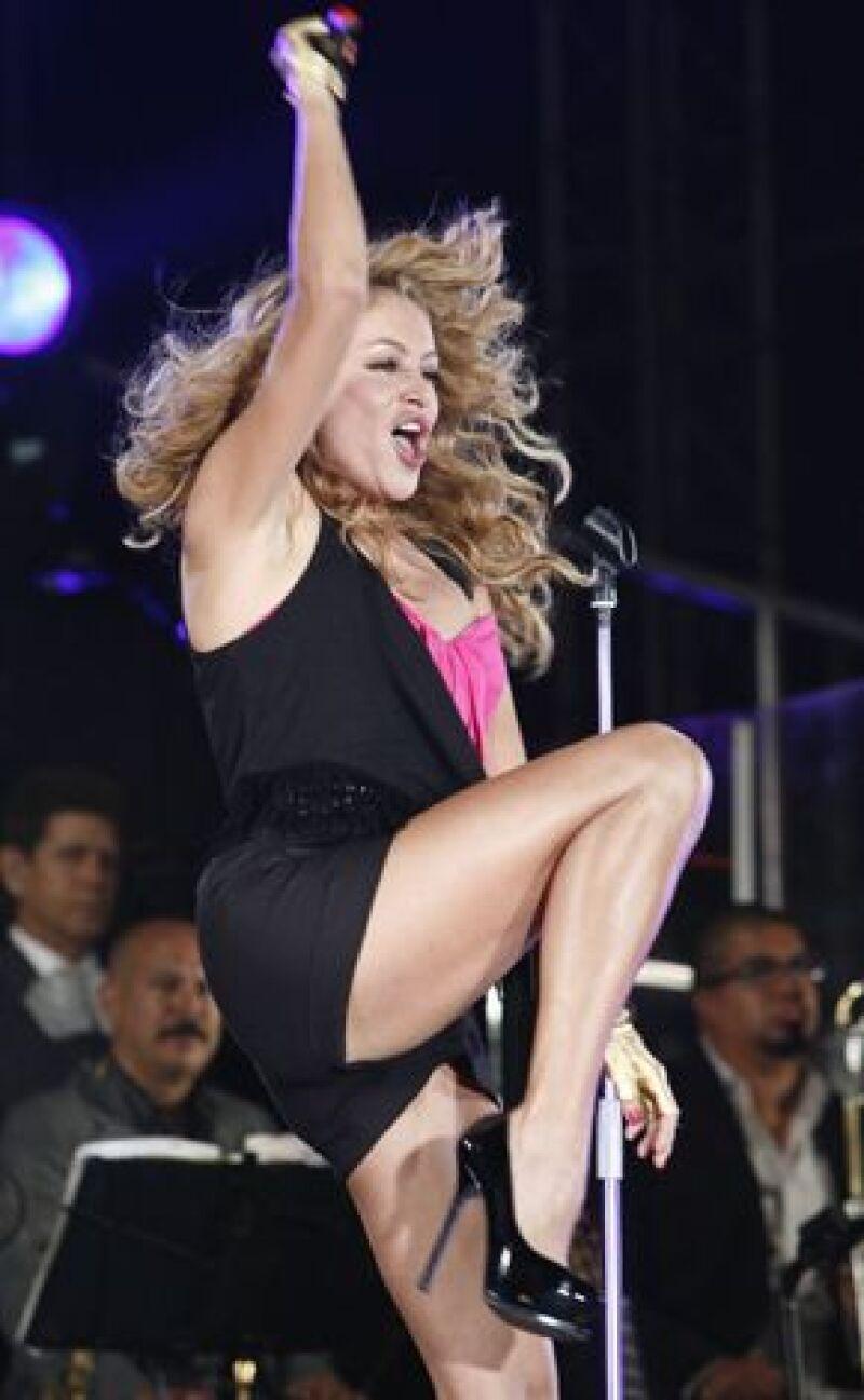"""""""Gran city pop"""" salió a la venta la semana pasada y ya ha logrado vender 300 mil copias en Europa, América Latina y Estados Unidos."""