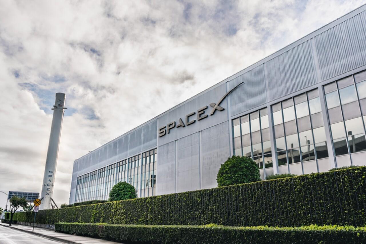 SpaceX dará conectividad satelital a Google Cloud