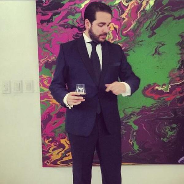 Diego Gamboa - Definitivamente el look le va perfecto a este party lover, quien lo porta perfecto en cada ocasión.