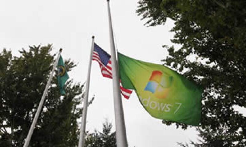 Microsoft reportó ventas por 17,370 mdd, frente a los 17,240 mdd esperados por analistas. (Foto: AP)