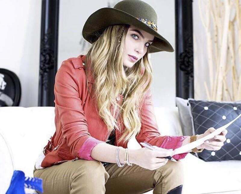 Belinda recientemente lanzó una colección de zapatos junto a la marca Capa de Ozono