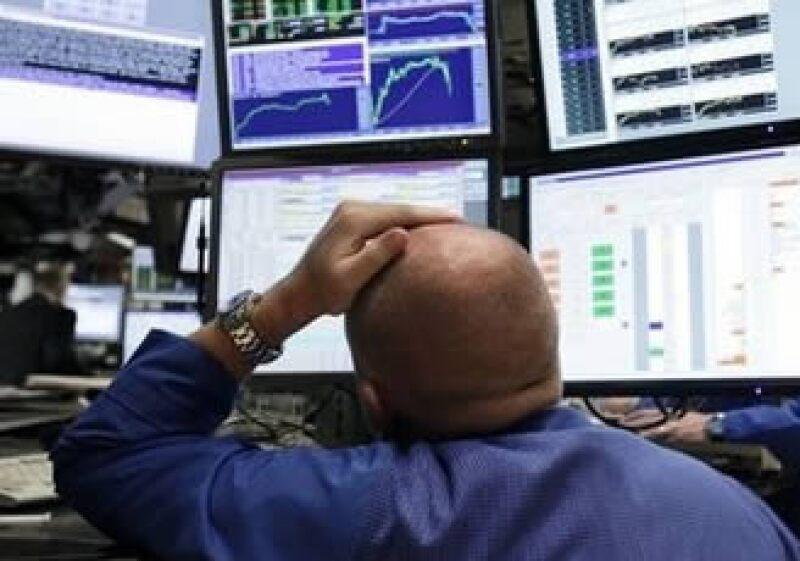 Las acciones de la Bolsa de Nueva York fueron influidas por los datos del empleo estadounidense. (Foto: AP)