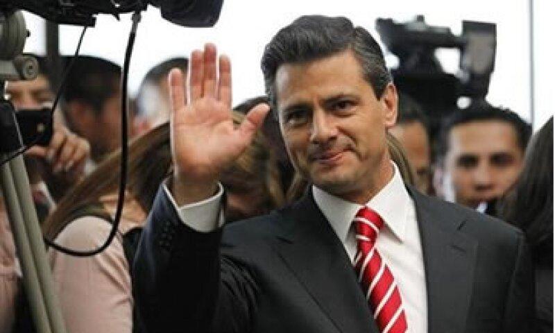Peña Nieto puso como ejemplo el Tequila Don Ramón para ejemplificar la publicidad antes y después de un comentario editorial. (Foto: Reuters)