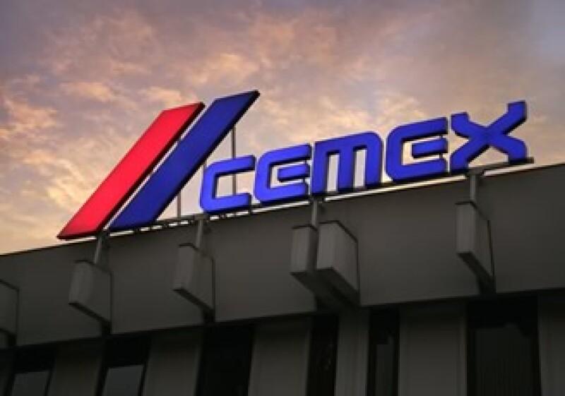 Cemex dijo que los fondos para respaldar la oferta provienen de una emisión pública de obligaciones convertibles que hizo en marzo. (Foto: Cortesía Cemex)