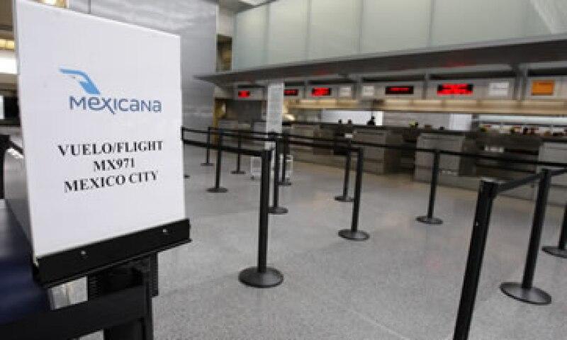 Desde octubre de 2010, cerca de 30 grupos de inversionistas han mostrdo interés por capitalizar a la aerolínea.  (Foto: AP)