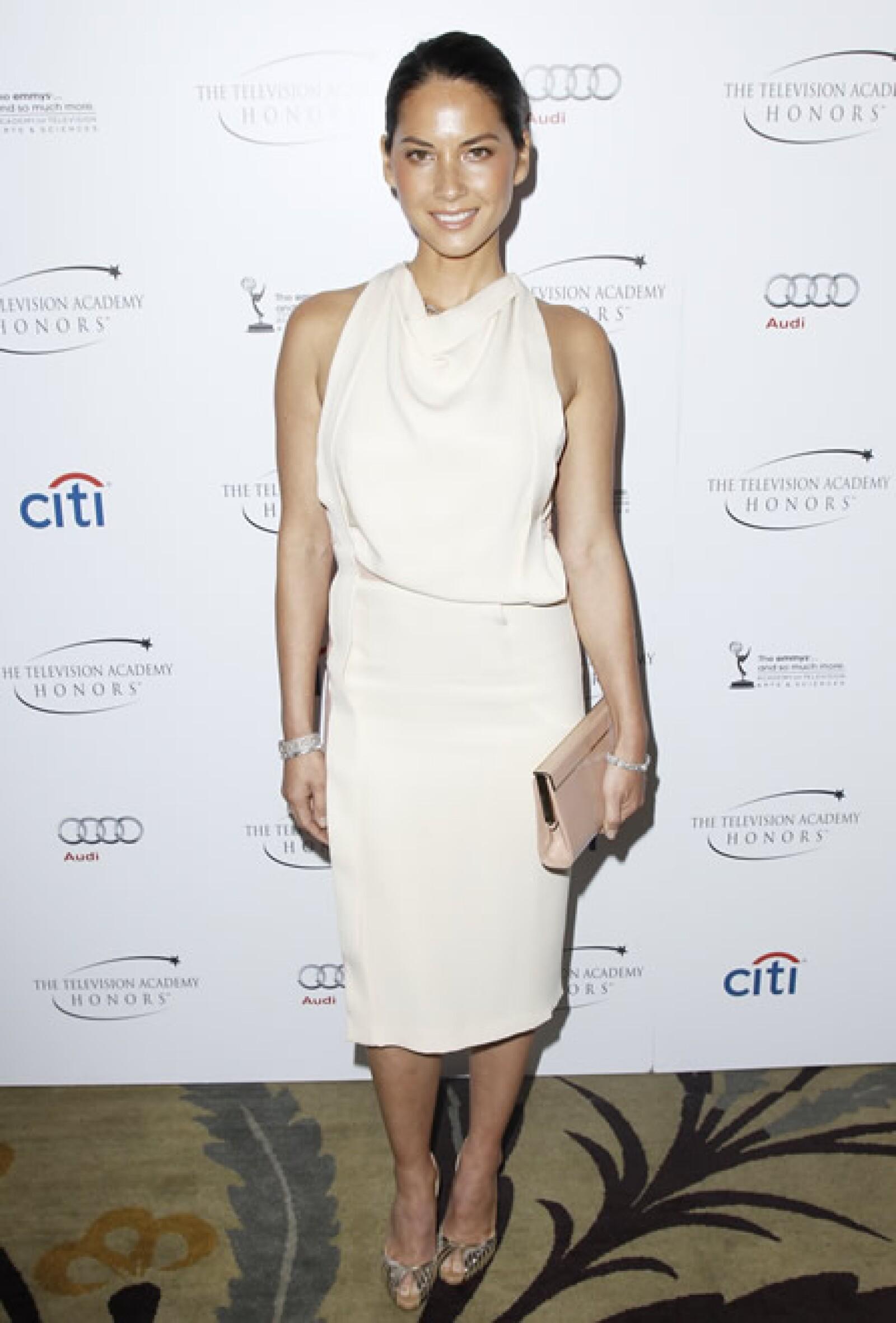 En los Television Academy Honors, la actriz de `The Newsroom´ usó un vestido de J. Mendel Primavera 2013.